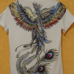 Fênix Colorida Camiseta - Atelier Sandra